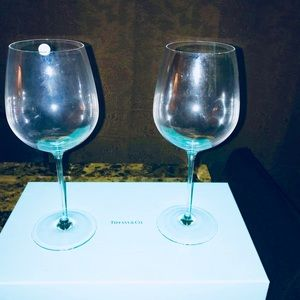 a1c91b3f3579 Other - Tiffany   Co All purpose red wine glasses